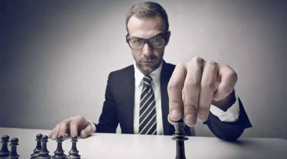 作为管理者,如何担起下属的责任与上级的期望?